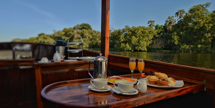 Cruise Zambezi River