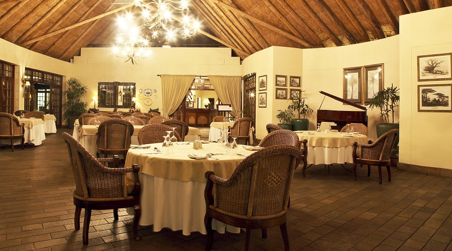 Palm Restaurant Victoria Falls
