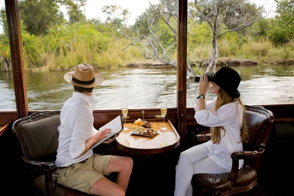 zambezi cruises