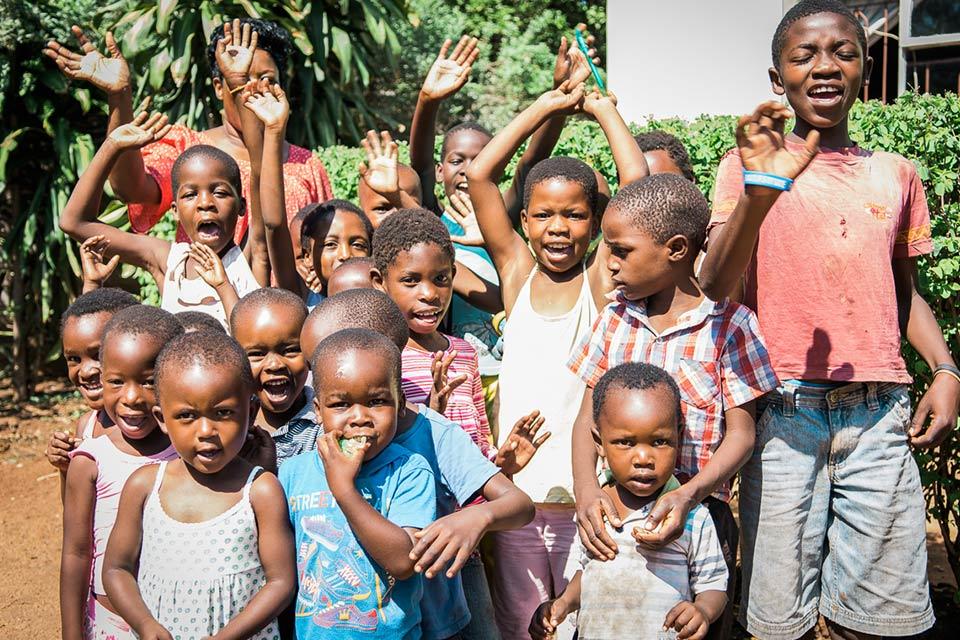 Victoria Falls Community